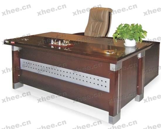 北京办公家具网提供生产大气简约型老板台厂家