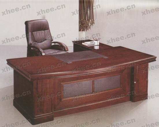 北京办公家具网提供生产实木大班台厂家