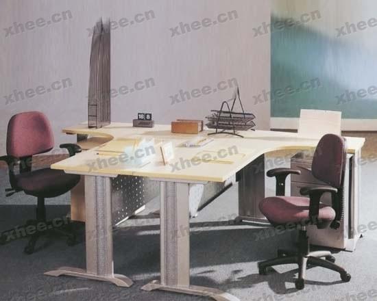 北京办公家具网提供生产现代时尚职员桌厂家