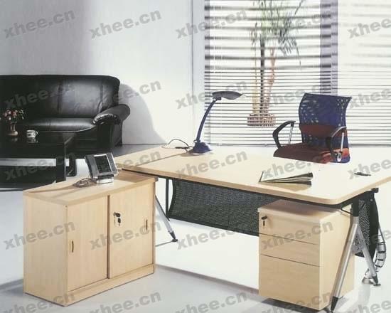 北京办公家具网提供生产高档红木经理台厂家