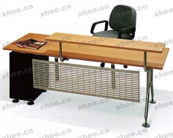 北京办公家具网提供生产现代原木经理台厂家